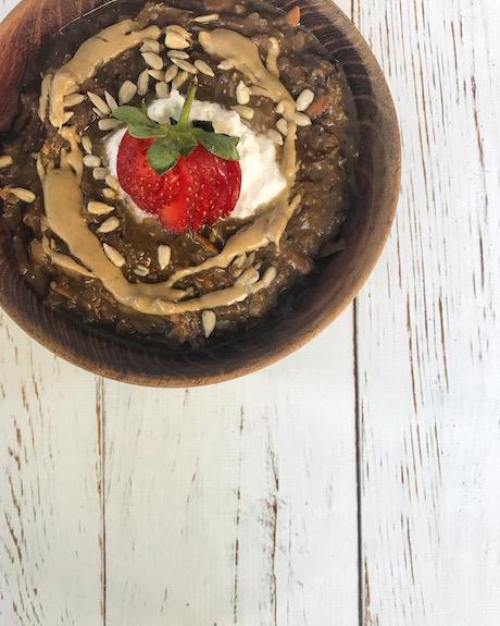 carob quinoa porridge